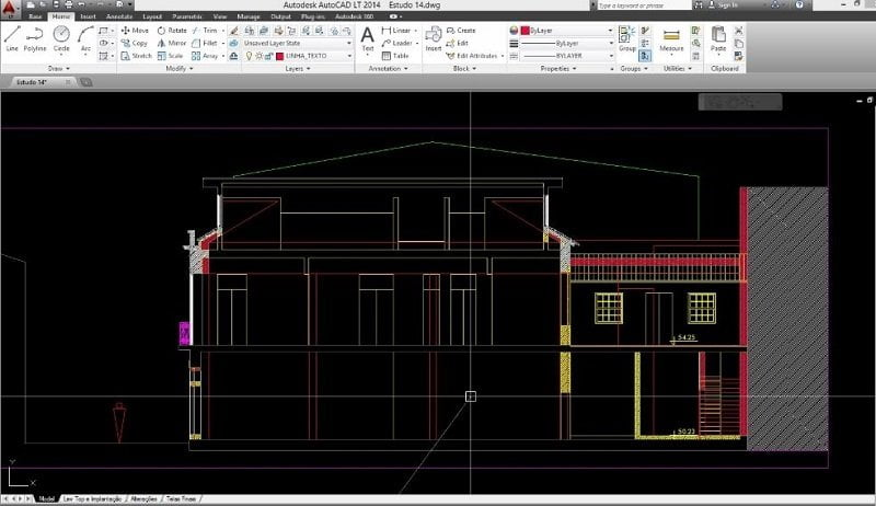 Construction of house in autocad